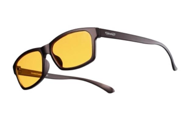 blaulichtfilter brille für den alltag mit 95% filtergrad schraege ansicht