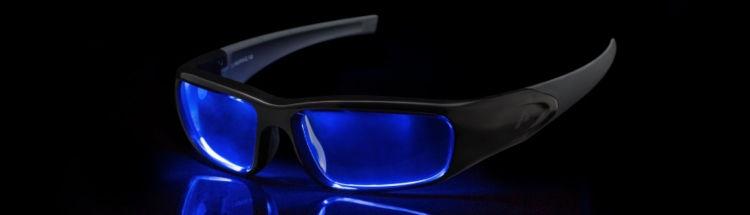 performance-gesundheit-steigern-sport-alltag-Lichtbrille-eingeschaltet